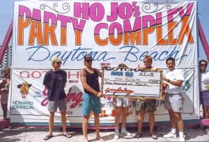 Mauinix-surfshop-florida-springbreak1989-surfing-volcom-quiksilver-billabong-hurley-6